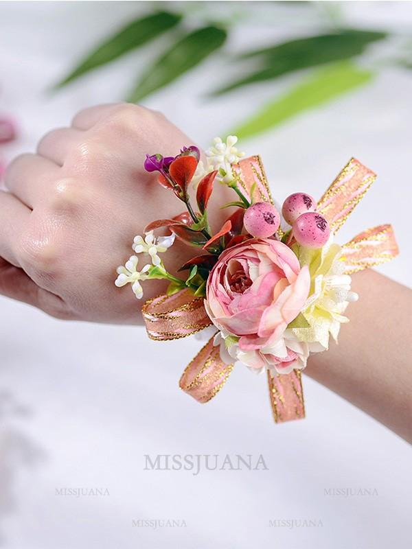 Delicate Cloth Wrist Corsage