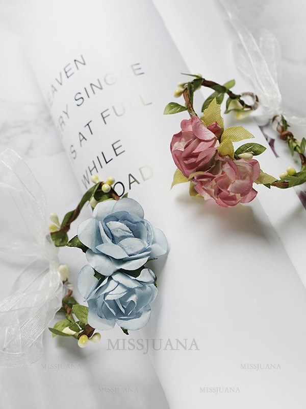 Simple Paper Wrist Corsage