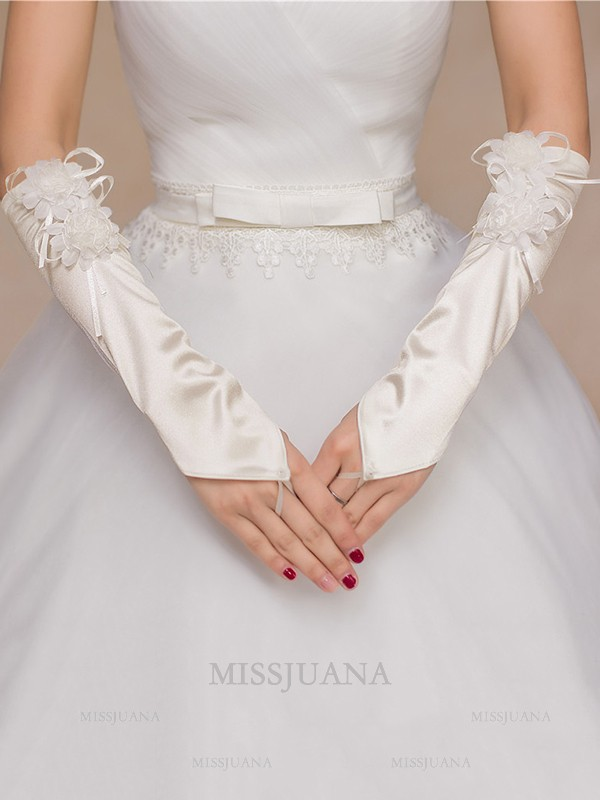 Stunning Cloth Hand-Made Flower Wedding Gloves