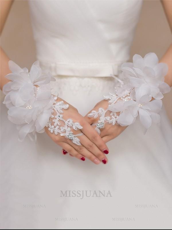 Romantic Tulle Hand-Made Flower Wedding Gloves