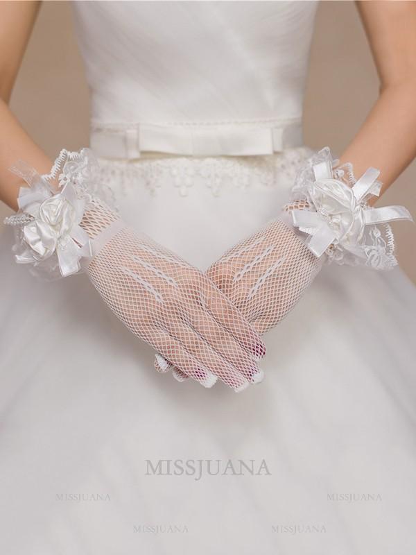 Gorgeous Tulle Hand-Made Flower Wedding Gloves