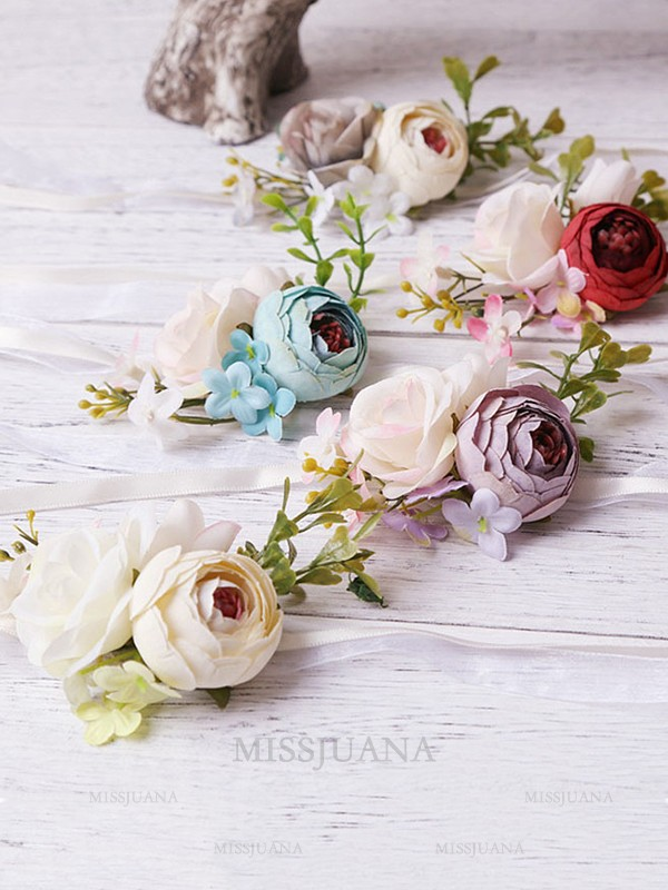 Pretty Artificial Flower Wrist Corsage