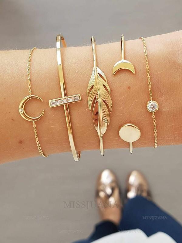 Pretty Alloy With Rhinestone/Leaf Bracelets(5 Pieces)