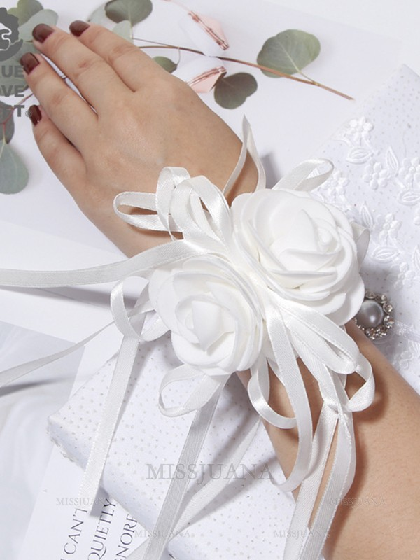 Pure Cloth Wrist Corsage